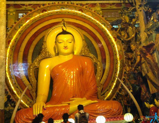 Gangaramaya Buddhist Temple_2