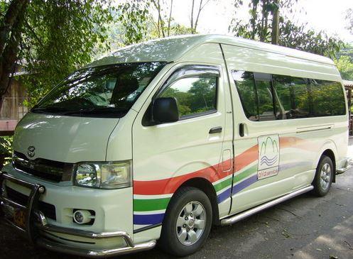 aya service minivan