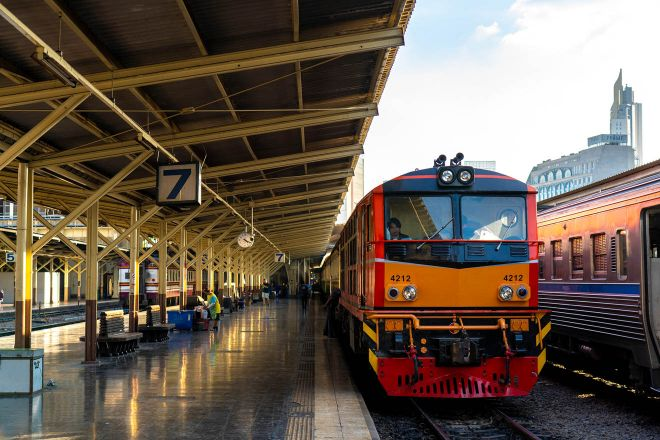 9 Things To Do On Koh Phangan bangkok train station