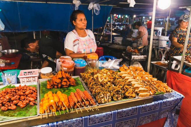 9 Things To Do On Koh Phangan thong sala night market 1