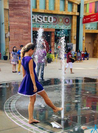 9 sentosa island singapore fountain
