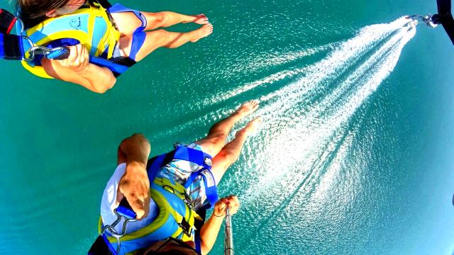 parasailing Langkawi naam boat