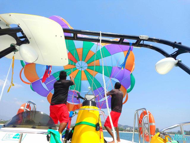 parasailing in lagnkawi