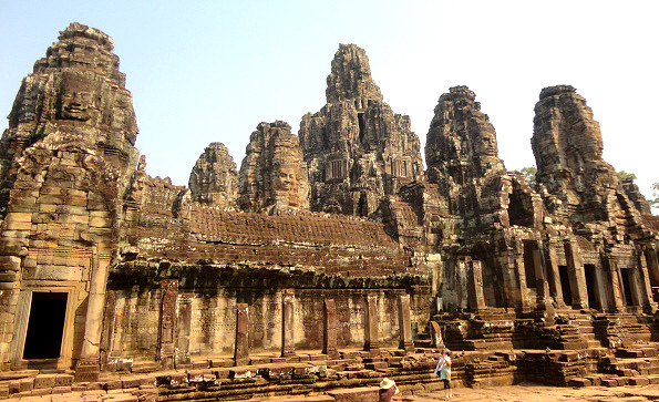 Bayon temple faces angkor wat cambodia