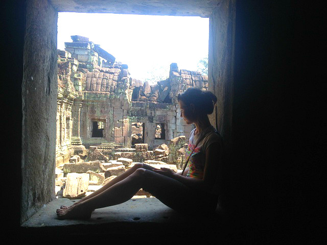 Angkor wat cambodia window ruins beautiful