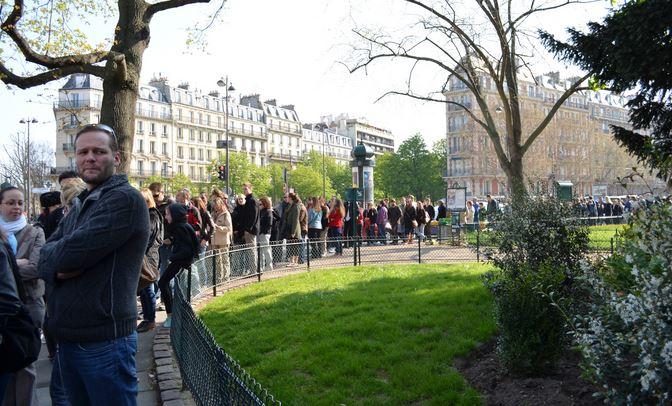 catacombs paris crypt queue lines in Paris skip the lines in Paris