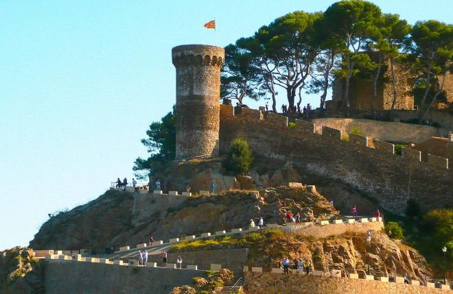 10 Unmissable Things To Do In Lloret De Mar, Spain tossa de mar
