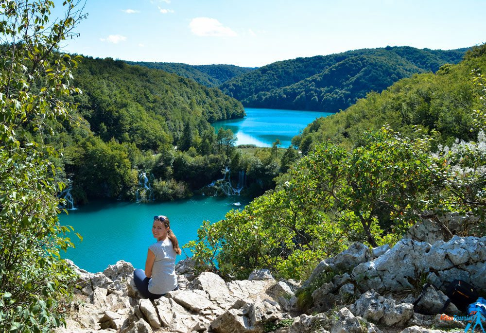 Plitvice lakes national park girl