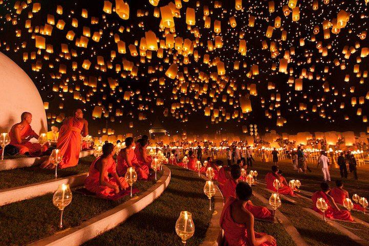 1 Yi Peng festival chiang mai thailan