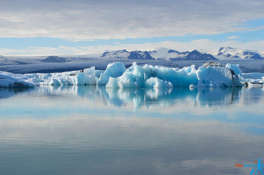 4 Jökulsárlón glacier lagoon