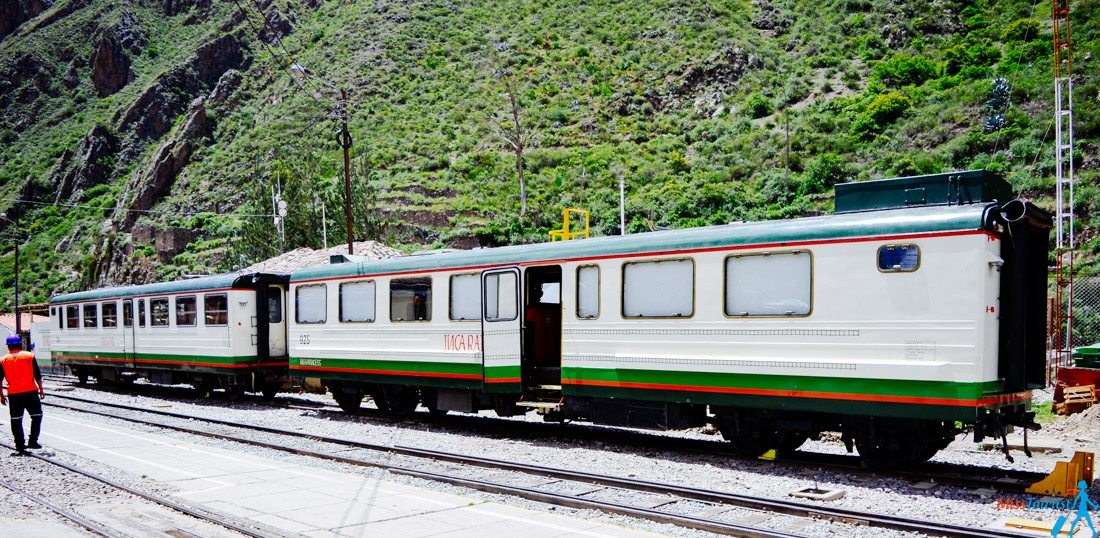 Macchu Picchu tourism train Aguas Calientes