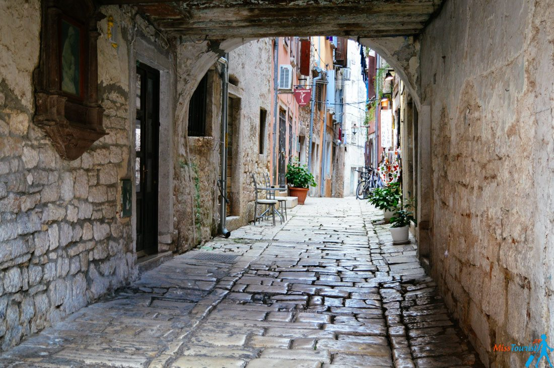 Hum Croatia the smalles city in the world