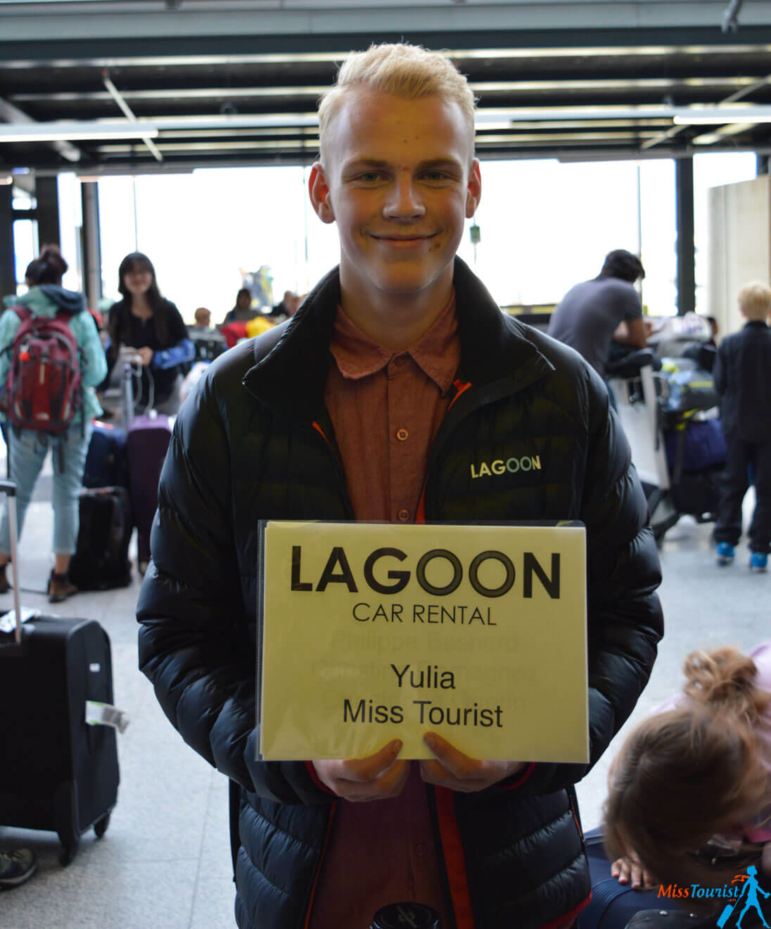 Lagoon car rental welcome airport2