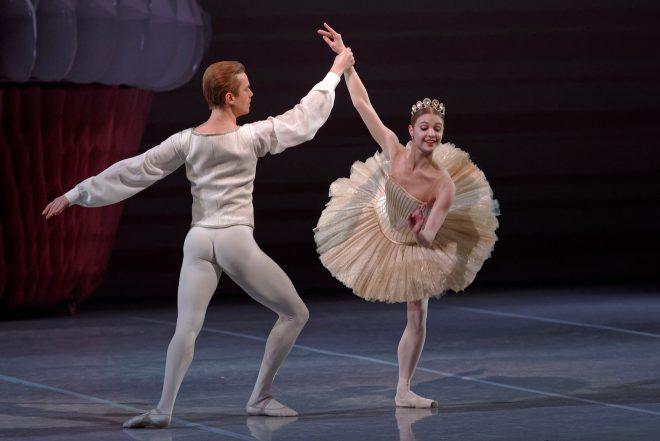 Top 11 Things To Do In Saint Petersburg Russia mariinsky theatre 2