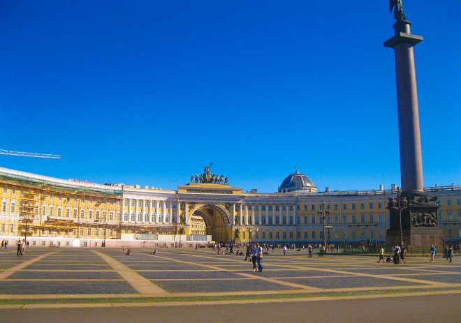 Top 11 Things To Do In Saint Petersburg Russia palace square