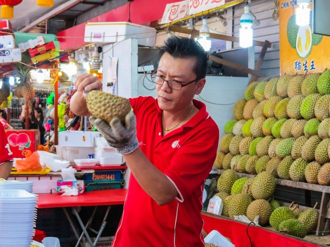 13 Best Things To Do In Singapore street food