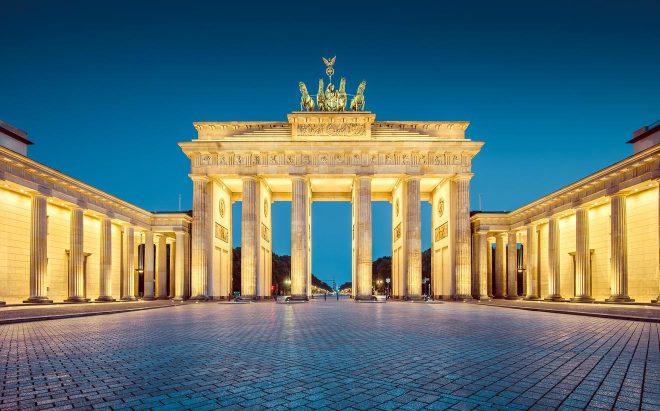 Things to do in Berlin - Brandenburg Gate