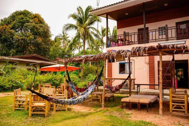 8 Love Station Hostel