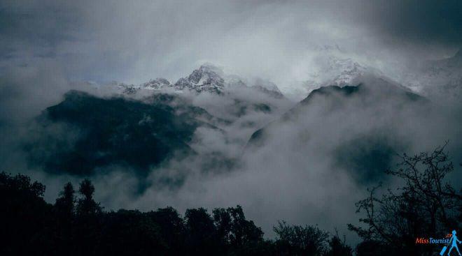 1.1 Rainy season trekking Nepal