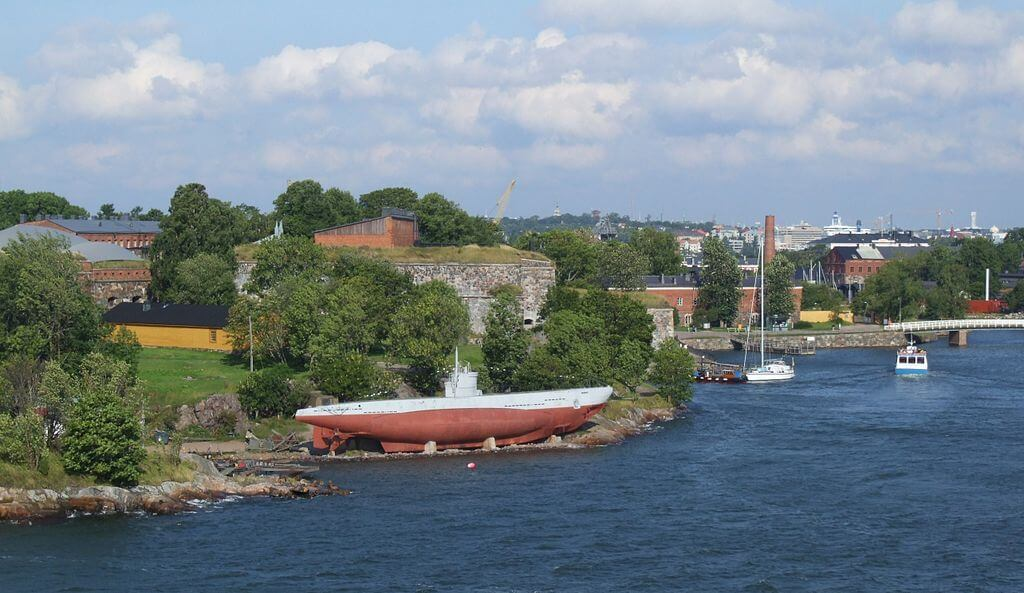 What to do in Helsinki: Suomenlinna: submarine Vesikko