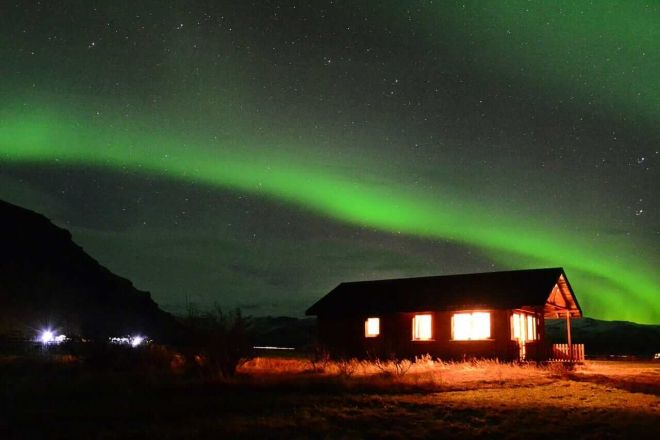 nothern lights iceland hotels