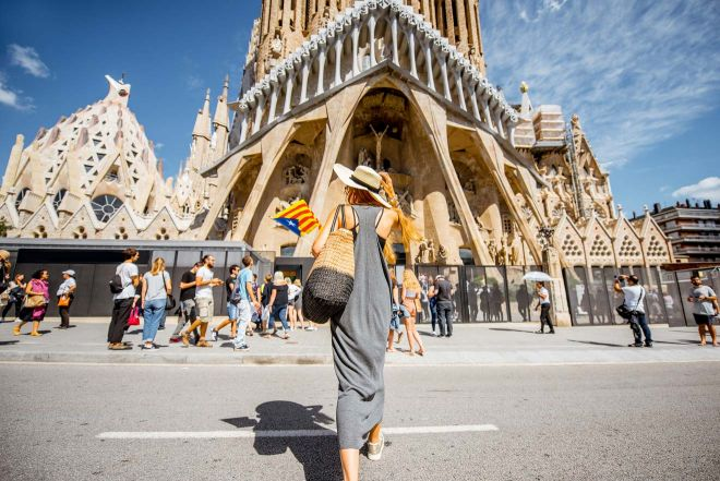 6 Mistakes to Avoid Before Visiting Sagrada Familia in Barcelona 1 best time to visit sagrada familia