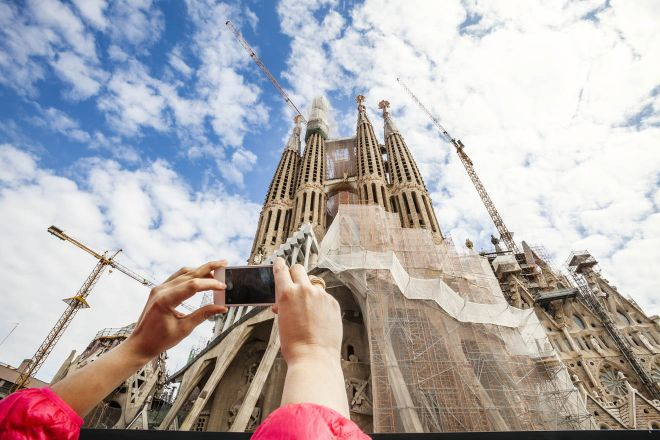 6 Mistakes to Avoid Before Visiting Sagrada Familia in Barcelona 6 sagrada familia towers