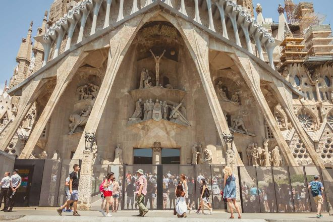 6 Mistakes to Avoid Before Visiting Sagrada Familia in Barcelona 7