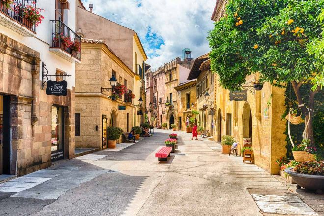 Barcelona with kids - 25 things to do Poble Espanyol