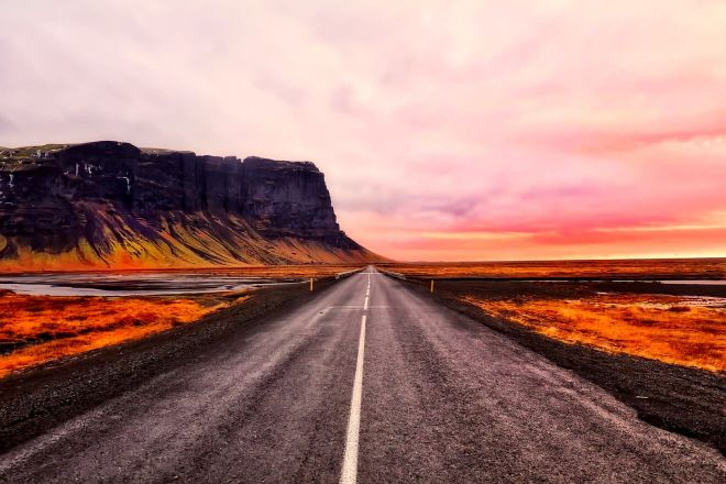 Why you should rent a car in Iceland road travel 9