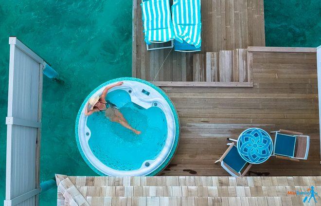 3 Amazing Resorts In The Maldives Kandima jacuzzi