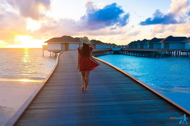 3 Amazing Resorts In The Maldives Kandima sunset