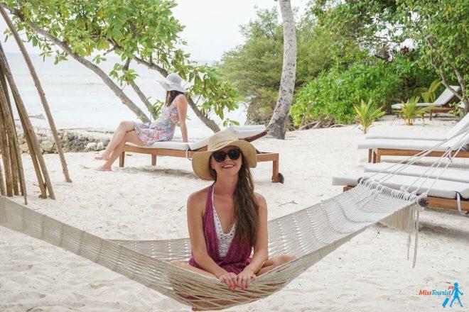 3 Amazing Resorts in the Maldives Bandos Relax Hammock