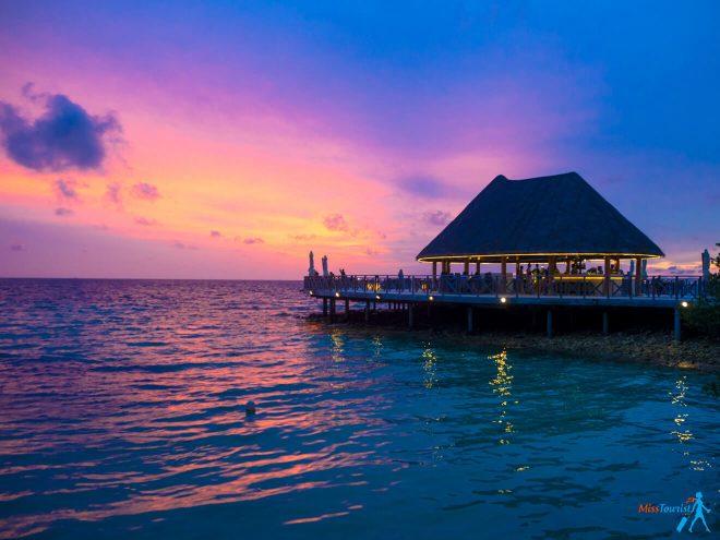 3 Amazing Resorts in the Maldives Bandos Sunset