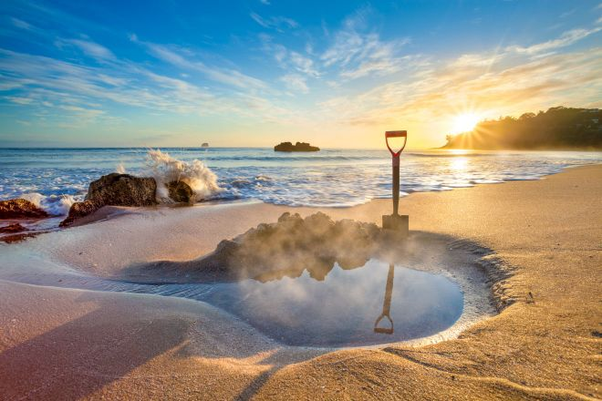 15 Things To Do in Coromandel Peninsula Hot Water Beach