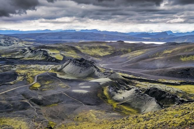 10 Best Tours You Have To Take in Iceland Helicoper volcanic craters 2