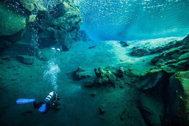 10 Best Tours You Have To Take in Iceland Silfra Fissure dive snorkel 4