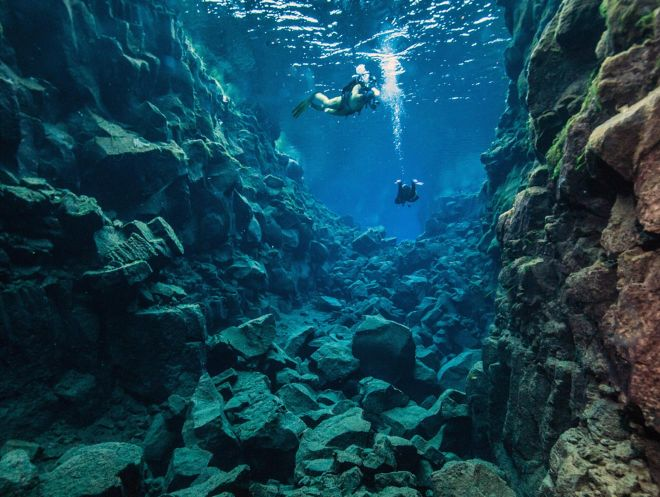 10 Best Tours You Have To Take in Iceland Silfra Fissure dive snorkel 5