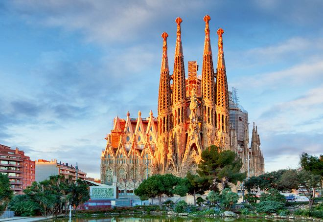 Barcelona Passes – which one is worth the money barcelona 9 sagrada familia