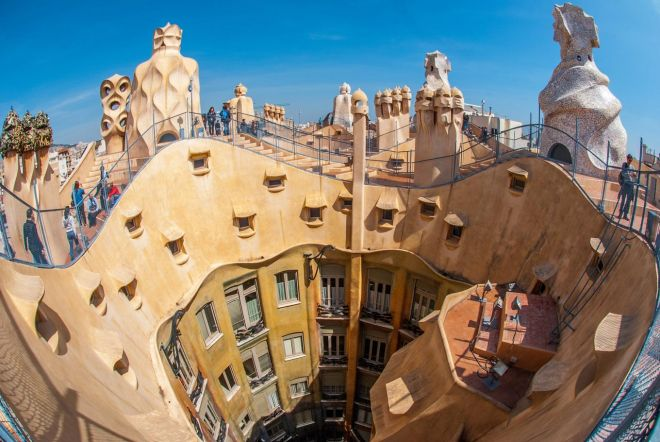 Barcelona Passes – which one is worth the money gaudi 2