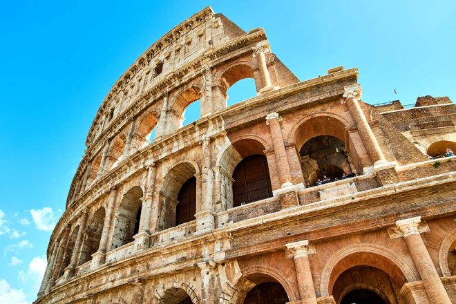 6 most crowded places in Rome and how to avoid the line 2 colosseum 2