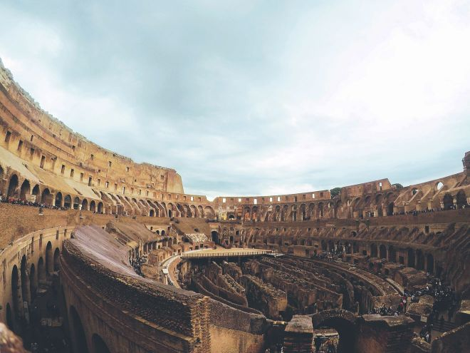 6 most crowded places in Rome and how to avoid the line 2 colosseum 4