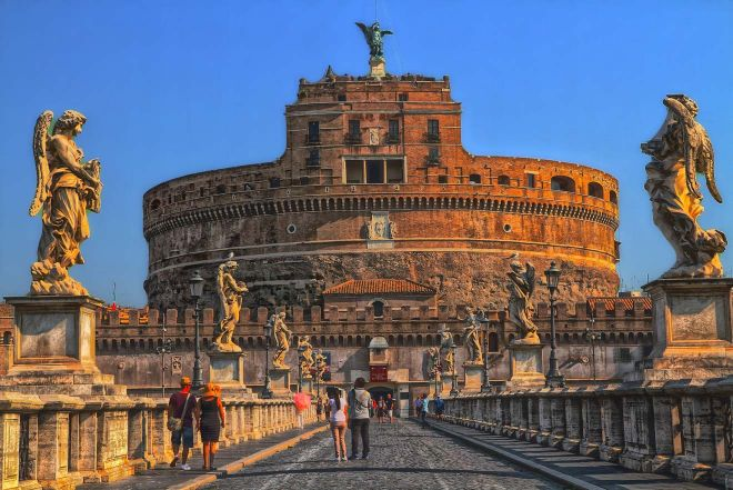 6 most crowded places in Rome and how to avoid the line 2 rome 10