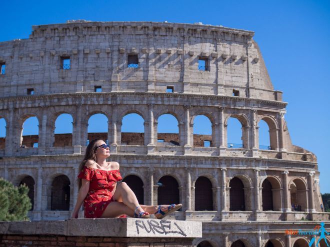 6 most crowded places in Rome and how to avoid the line Best view to Colosseo (2)