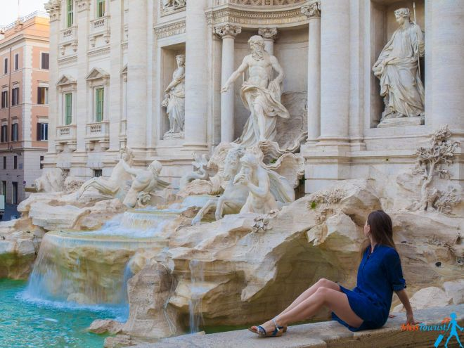 6 most crowded places in Rome and how to avoid the line fontana di trevi before