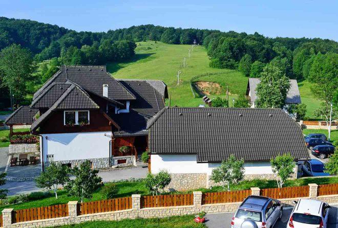 plitvice lakes houses