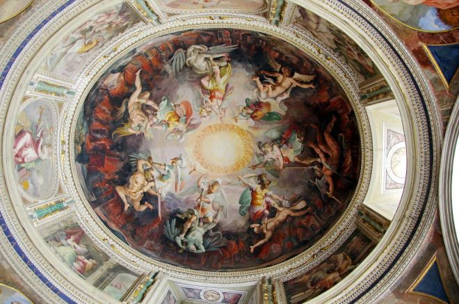 6 most crowded places in Rome and how to avoid the line Vatican Museum ceiling