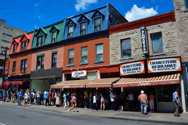 15 unmissable things to do in Montreal, Canada Schwartz Deli
