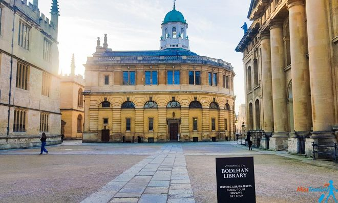 11 Things to do in Oxford Rewely House The Bear Bodleian Library 2