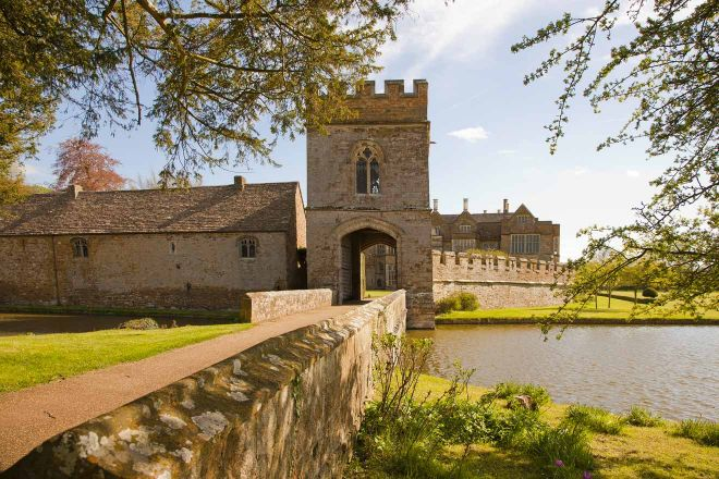 11 Things to do in Oxford broughton castle
